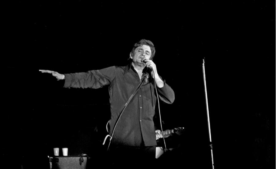 Johnny Cash performing in Bremen (Germany) in 1972